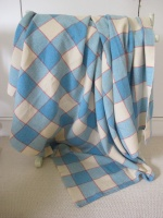 blue_and_cream_plaid_res_4