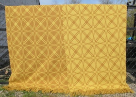 res_front_and_back_of_yellow_tapestry_blanket