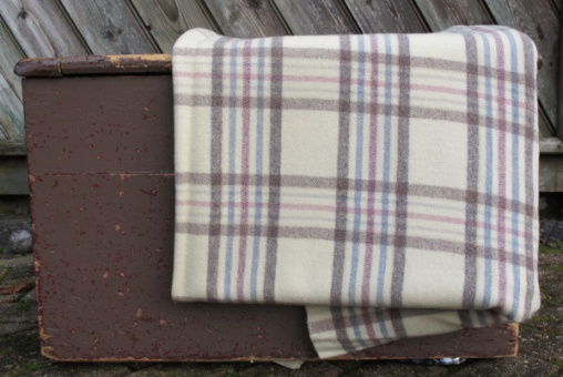 cream_blue_pink_and_brown_plaid_res_6_1944974074