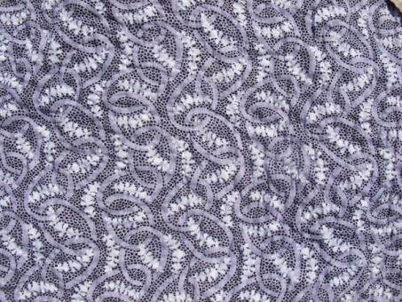 res_detail_of_purple_pattern