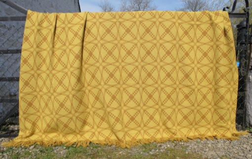 res_pale_side_of_yellow_tapestry_blanket