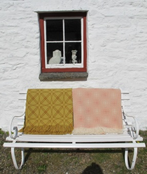 res_yellow_and_pink_blankets_with_window_288357997