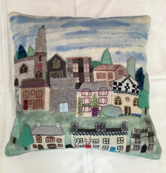 rezvillage_cushion